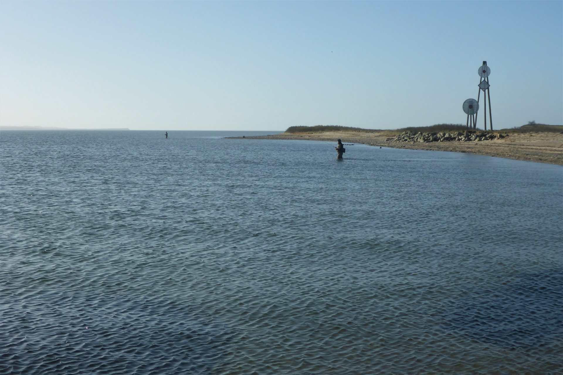 Bøløre Odde er en fiskeplads i Limfjorden på Jegindø hvor man kan fange havørred.