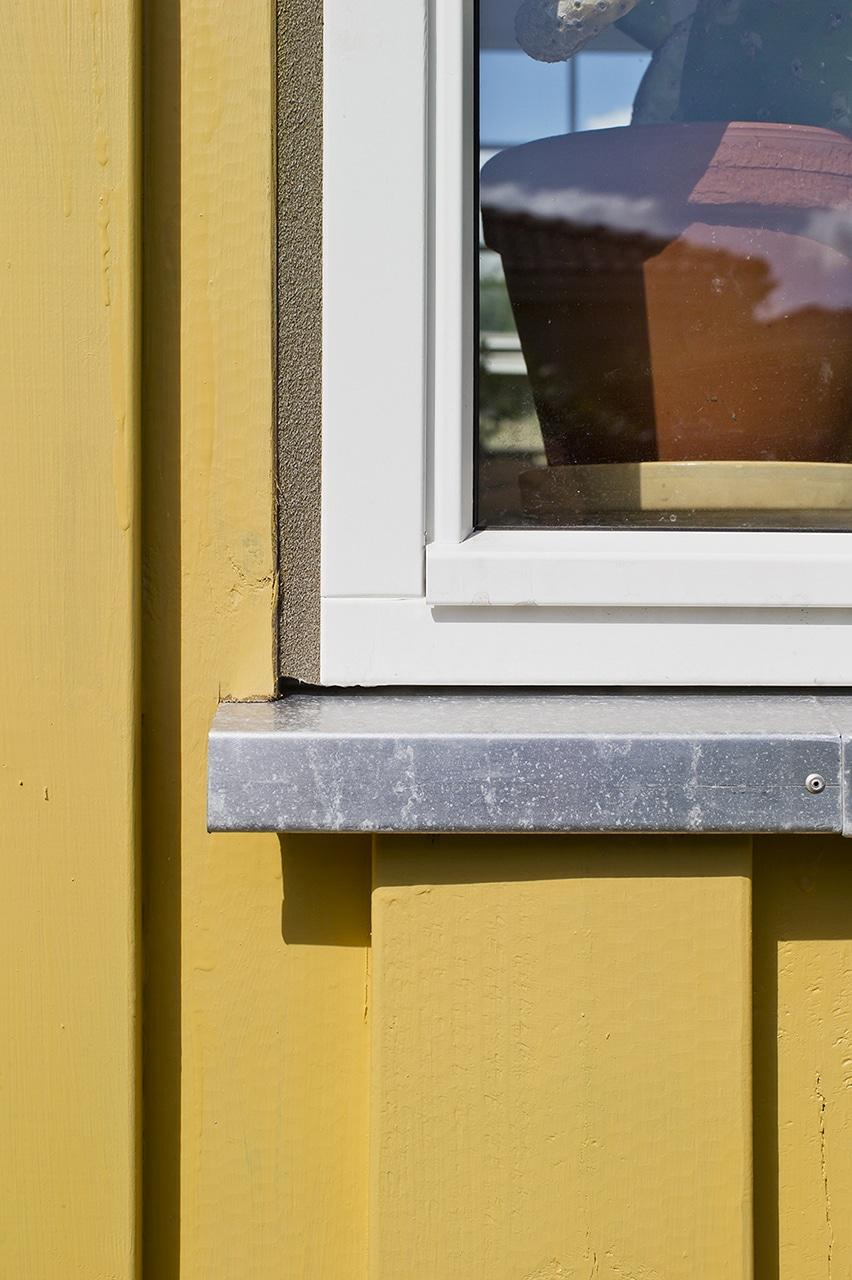 Flotte detaljer i facaden giver et stilfuldt udtryk.