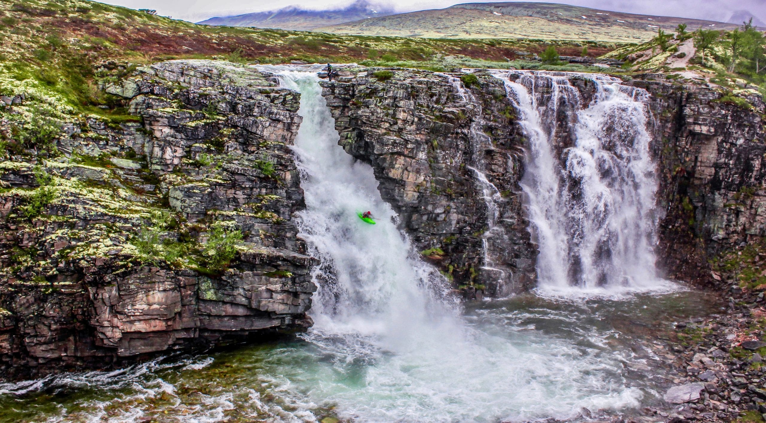 Top 4 Best Whitewater Kayaking Rivers in Norway