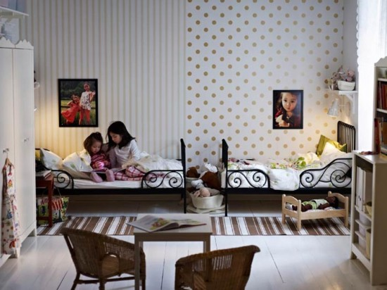 2012-IKEA-Kids-Room-Furniture-and-Decoration-Ideas-Sharing-Children-Room-550x412