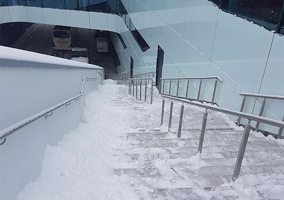 Snöskottning i Umeå