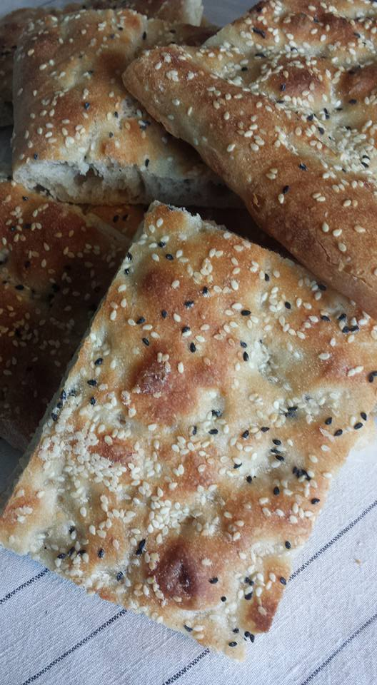 This image has an empty alt attribute; its file name is Alyas-naan-barbari.jpg