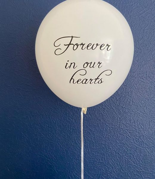 balloon on string to commemorate miscarriage
