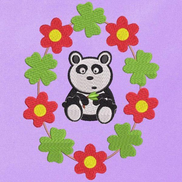 cameo panda. Disegno del ricamo a macchina cameo Panda circondato da trifogli e fiori. frame 10 x 10/13 x 18/26 x 16. Formati file PES, CSD, EXP, HUS, SHV, VIP, XXX, DST, PCS, JEF, VP3, EMB ... Download immediato dopo il pagamento.