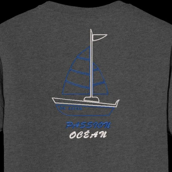 Ocean passion. Machine embroidery design of a pretty sailing boat with the passion ocean writings. Ideal on a t-shirt for going to the beach. frame 10 x 10/13 x 18/20 x 30. File formats PES, CSD, EXP, HUS, SHV, VIP, XXX, DST, PCS, JEF, VP3, EMB ... Instant download after payment.