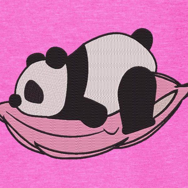panda en su almohada