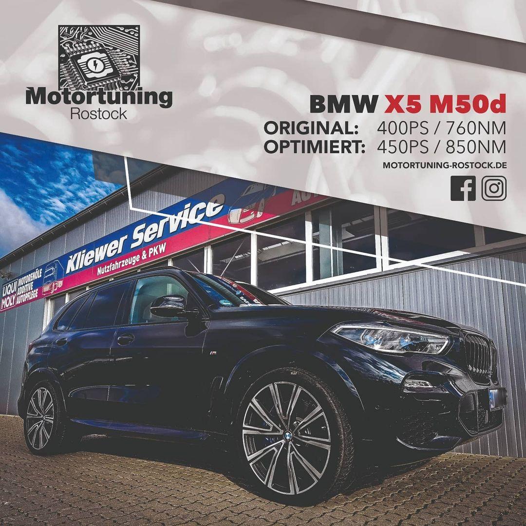Chiptuning-Motortuning Rostock, Kennfeldoptimierung, Leistungssteigerung,BMW X5 M50d, Ansicht schräg vorn, schwarz, Originalleistung: 400 PS,optimierte Leistung: 450 PS