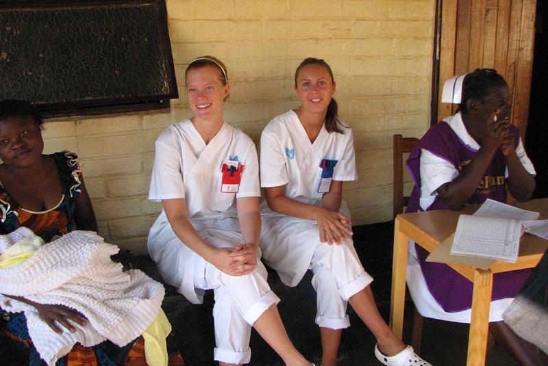 Bernth-Ake-Nursing-Volunteers