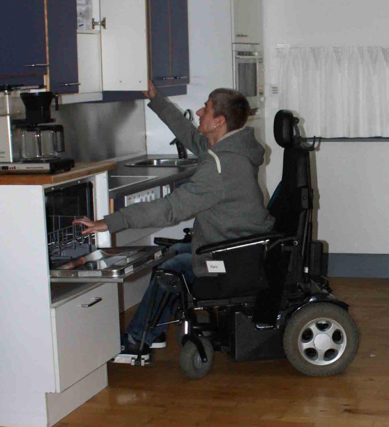 kørestoles-Rolls-Royce er fra roltec.com og siger at en kørestol skal passe til kroppen