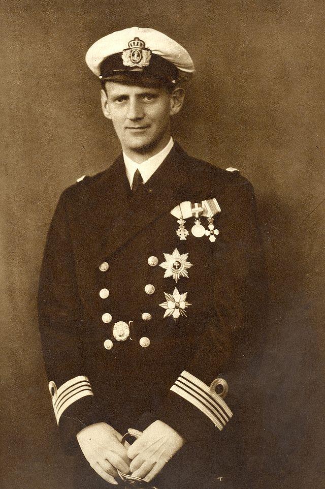 Frederik den 9. - konge og bor-invier. H.K.H. var i øvrigt kendt for sit valgsprog: Med Gud For Danmark. Foto: Wikipedia - Johannes Jaeger