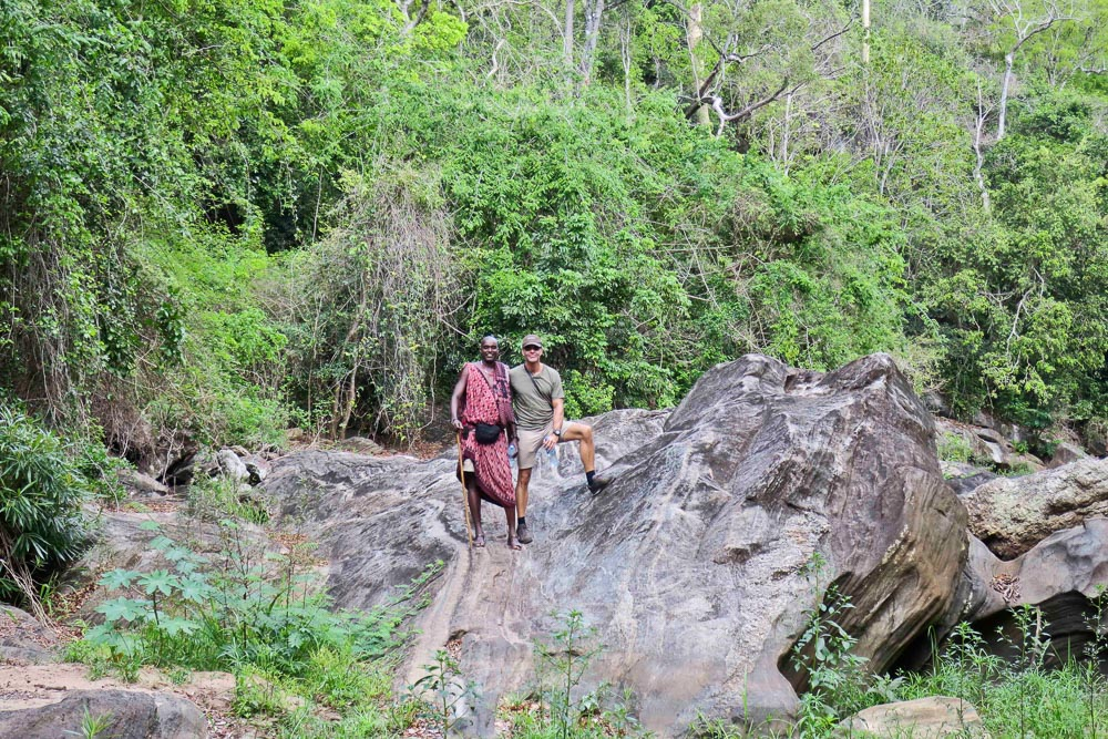 Til tider var det rimelig ufremkommeligt terræn vi skulle forcere, og så er det godt med en erfaren bushman som guide