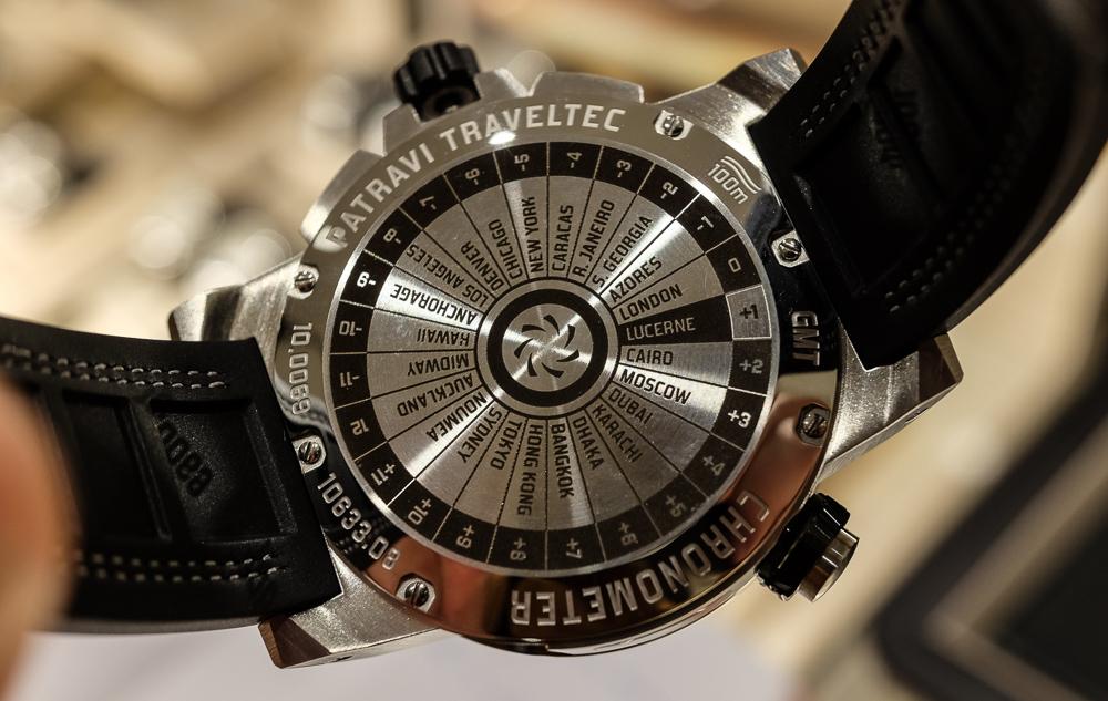Bagsiden - som du nok fornemmer, så har vi her at gøre med et ur, der tilbyder visning af flere tidszoner...