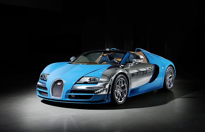 Det her er og bliver en superbil...