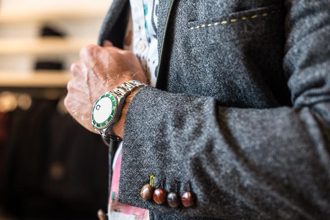Genkendelig detalje fra Holland Esquire. Og et jubilæums ur.