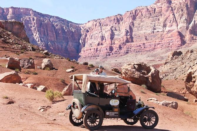 Et rigtigt eventyr - i en rigtig gammel bil.