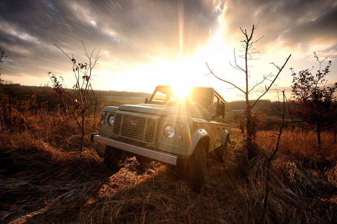 Land Rover Defender Factory-6