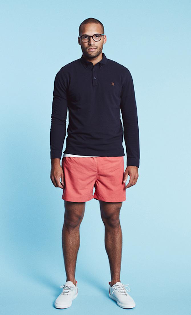 Les-Deux polo Noerregaard Pique navy 599kr & swimwear shorts Johnny rosa 499kr
