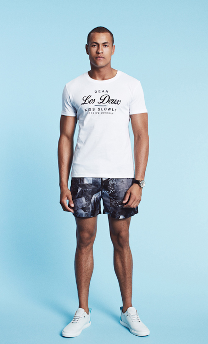 Les Deux T-shirt Dean white 349kr & swimwear-shorts Dean allover print 499kr