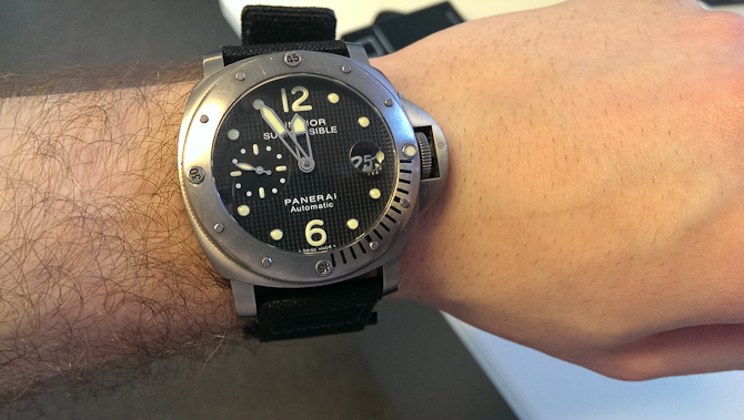 Mark Sinclair med tung Panerai