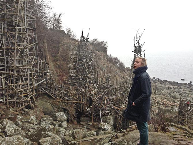 Mikas Emil - den ene af de to mænd bag Kaksi. Her et sted i naturen.