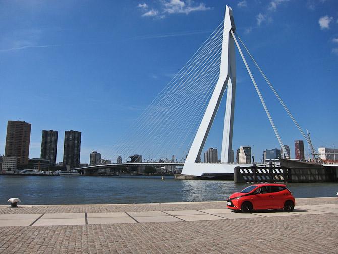 En solskinsfyldt eftermiddag i Rotterdam.