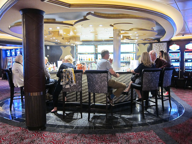 Et øjebliksmoment fra casino-baren