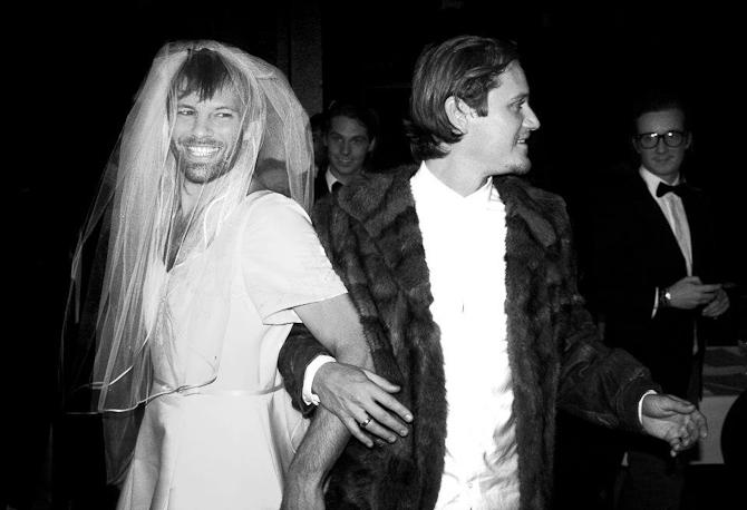 Den har stået på bryllup, skilsmisse og en ballet. Frank og Lennet begiver sig nu også ind i restaurationsverdenen...