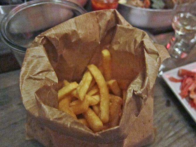 Pommes frites frem...