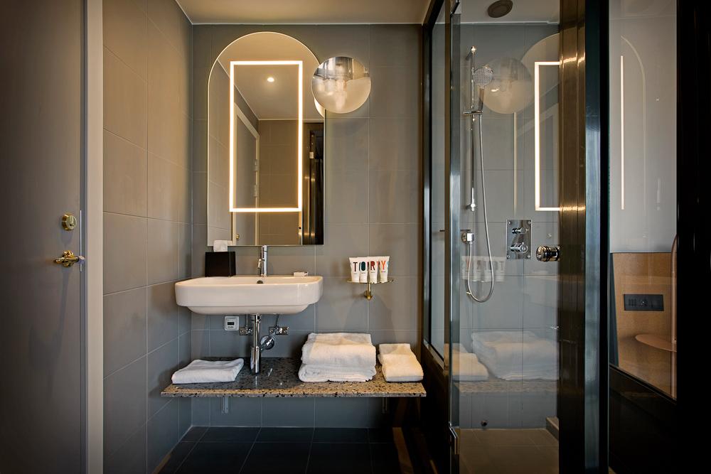 The Raindrop Bathroom