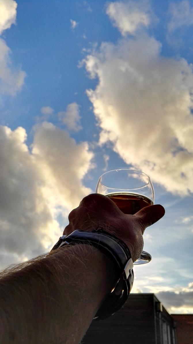 Mod skyerne