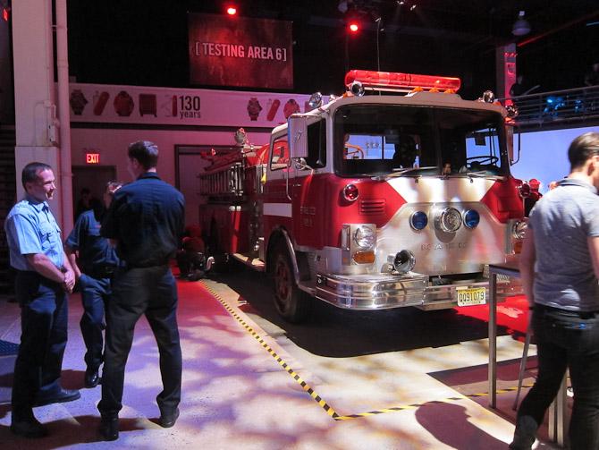 Så er vi til event i New York og med byens brandmænd