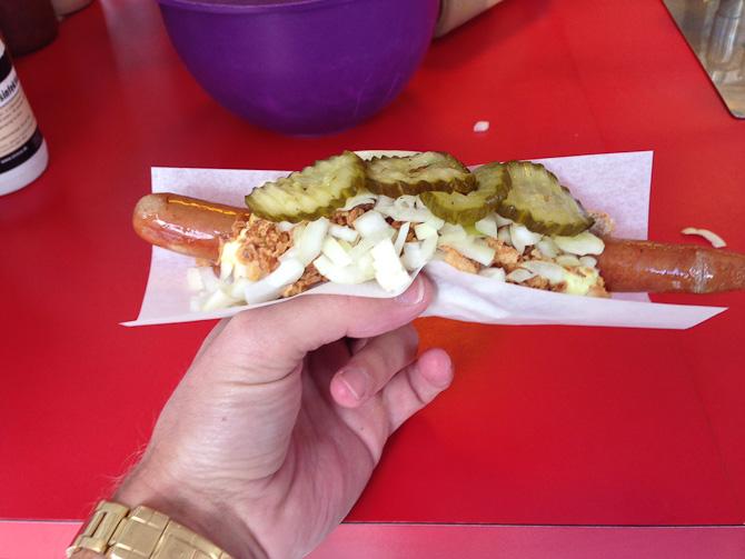 Nærmest ude af kontekst... En vintage pølse kan man vel godt kalde en hotdog.