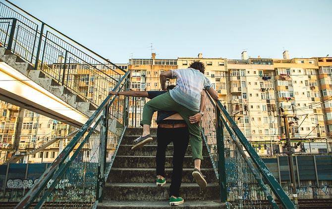 Smid en ven på ryggen, og sig tak på torsdag. Grant's giver en sjus.