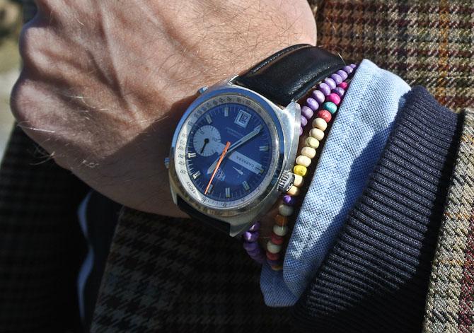 Heuer Carrera Chronograph med kulørte træperler