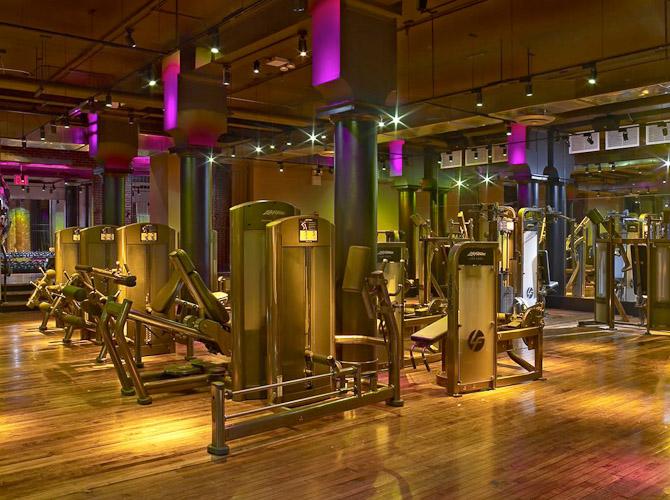 Inden længe kan Københavnere også kombinere træning og wellness i luksuriøse omgivelser, ligesom det længe har været muligt i storbyer verden over.