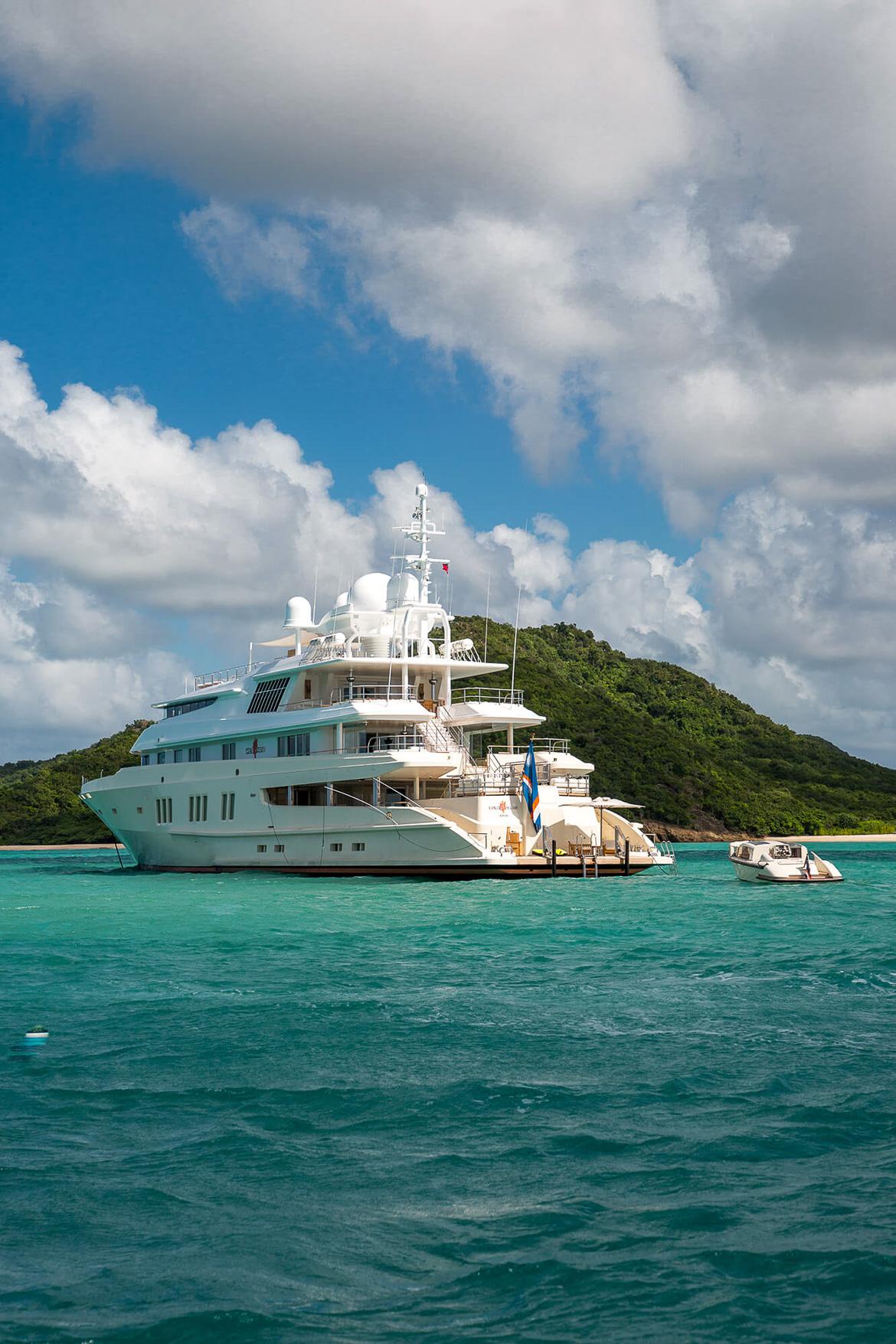 lurrsen yacht
