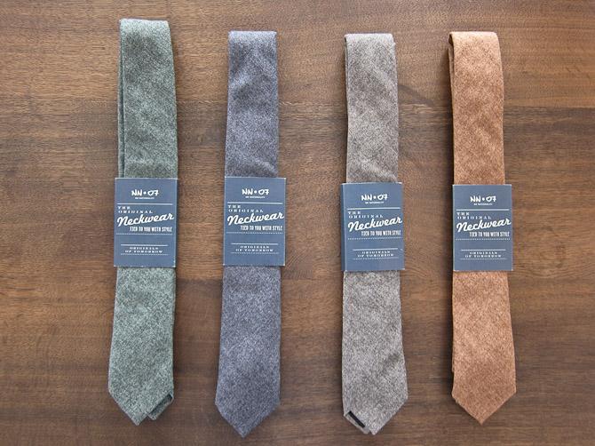 Fire uldne bud på et slips fra NN07
