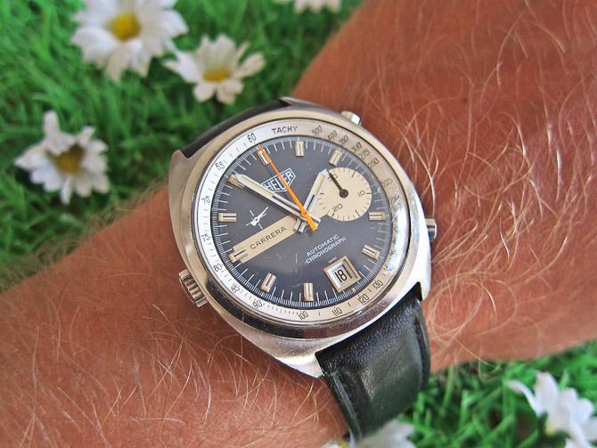 Heuer'ens chronograph styrer du med de to knapper på urets højre side