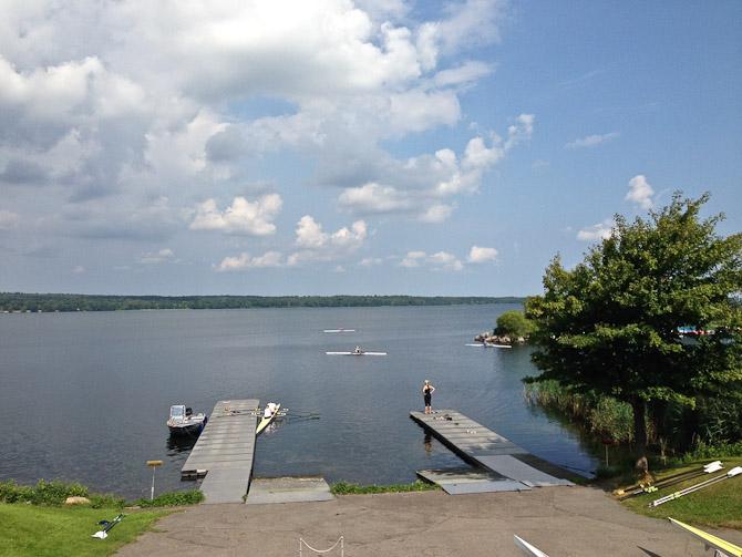 Søen var så godt som fri for krusninger
