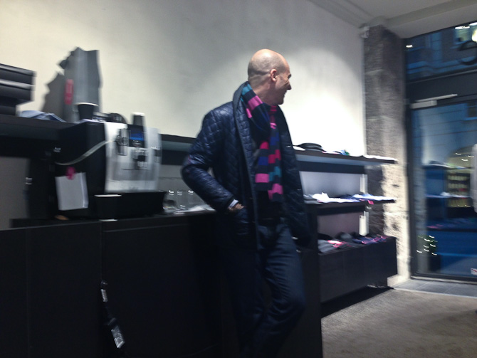 Bille gav kaffe