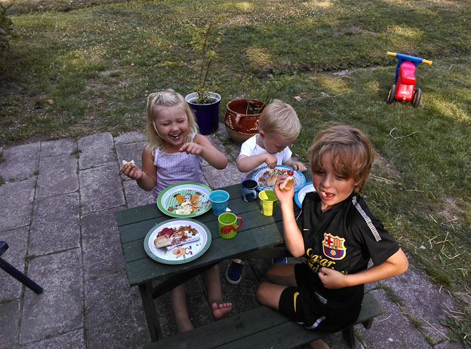 De små havde en fest