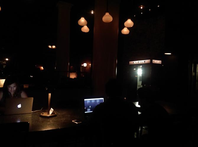 Der var mørkt på Ace Hotel