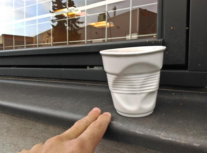 Ugens mokkamoment med kæk keramik