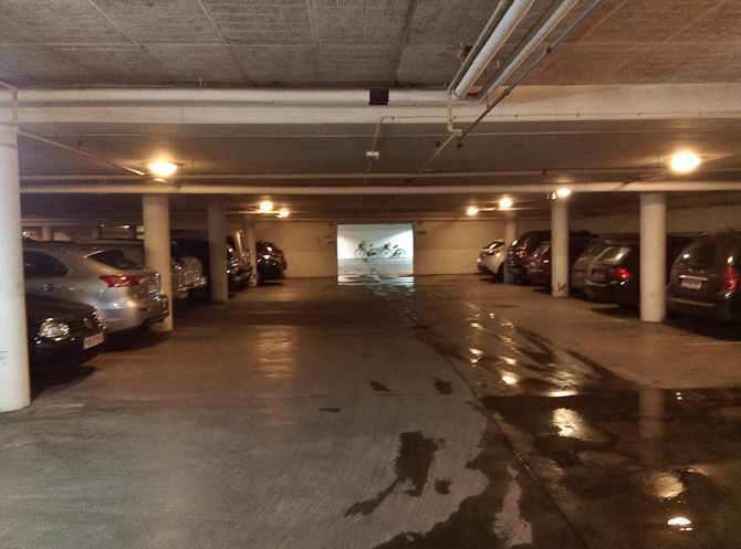 Jeg parkerede under jorden.