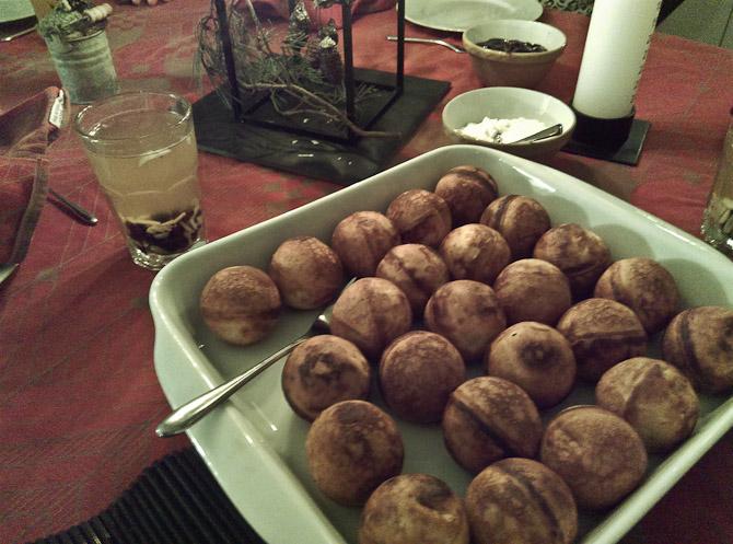 Hvid gløg og æbleskiver