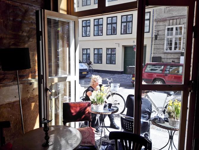 Jeg var forbi Blomsten, hvor Liv holdt kaffe-hof