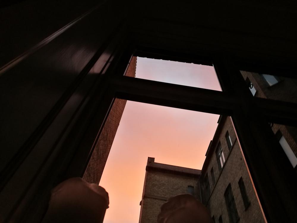 Den der morgen med den røde sol
