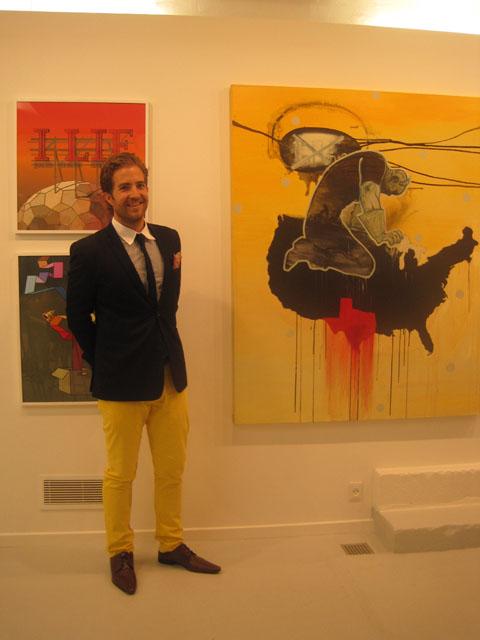 Buks og kunst med gul fællesnævner.