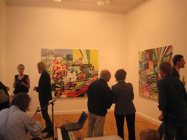 Kulørt kunst i den nye del af galleriet