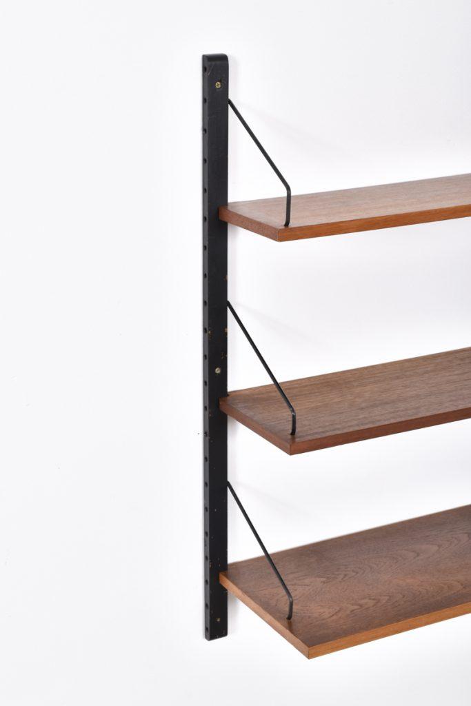 Shelves - different depths: 20cm - 24cm - 30cm